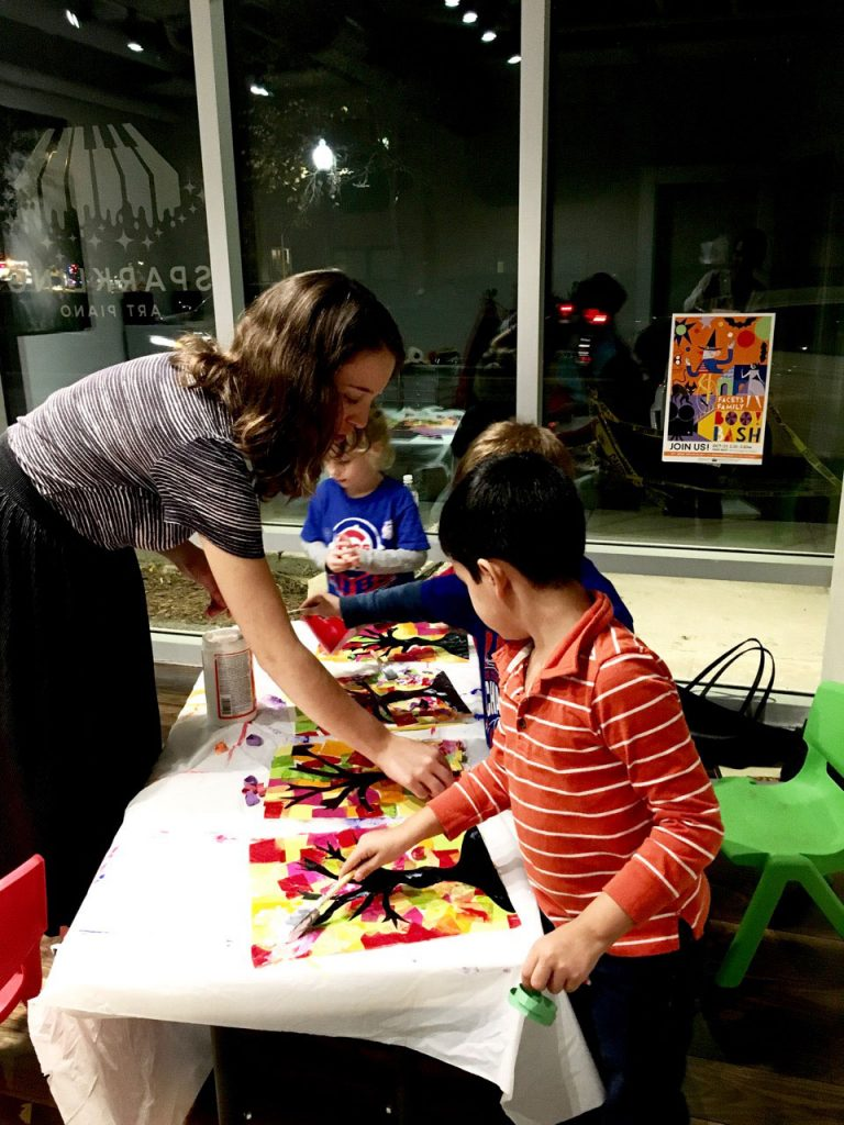 art class for kids at sparkling art piano in Chicago