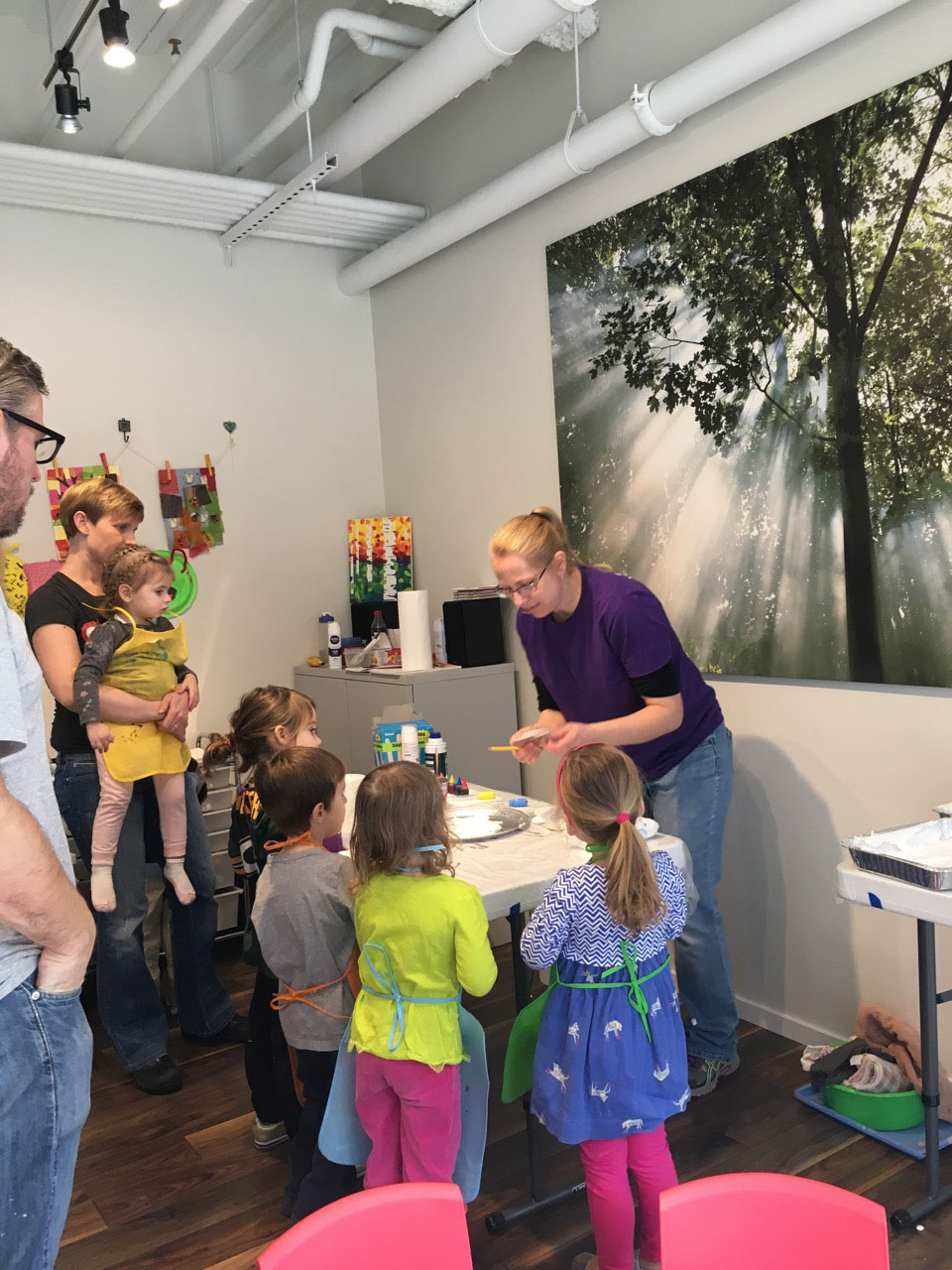 Why art lessons are important in early ages sparkling for Painting class chicago
